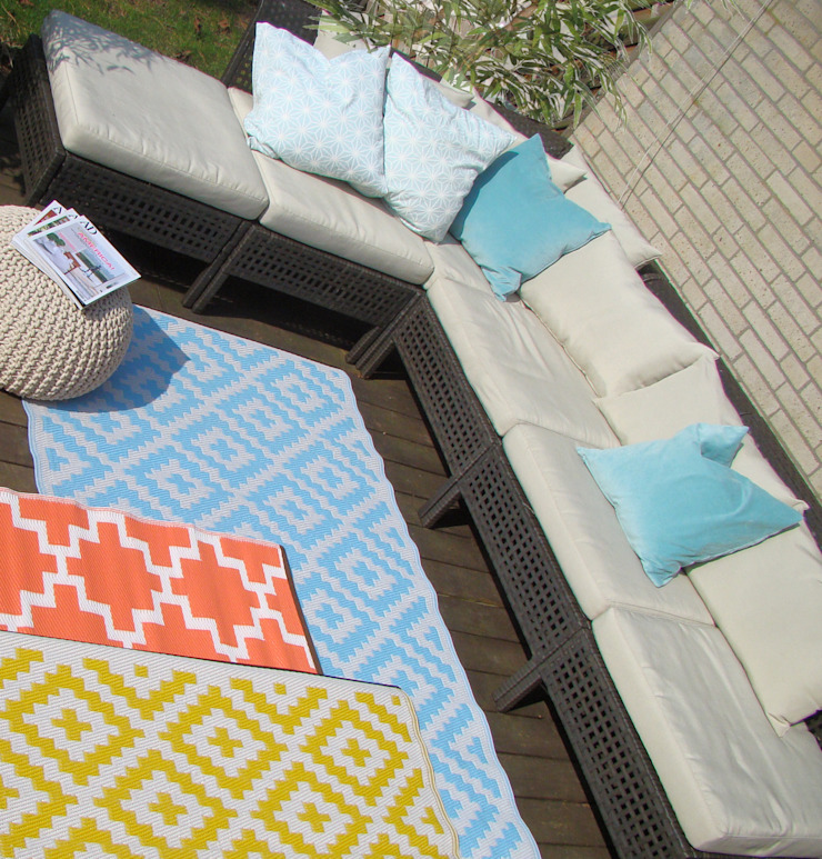 Outdoor-Teppiche – Die Alleskönner unter den Teppichen RUGit Store Skandinavischer Balkon, Veranda & Terrasse