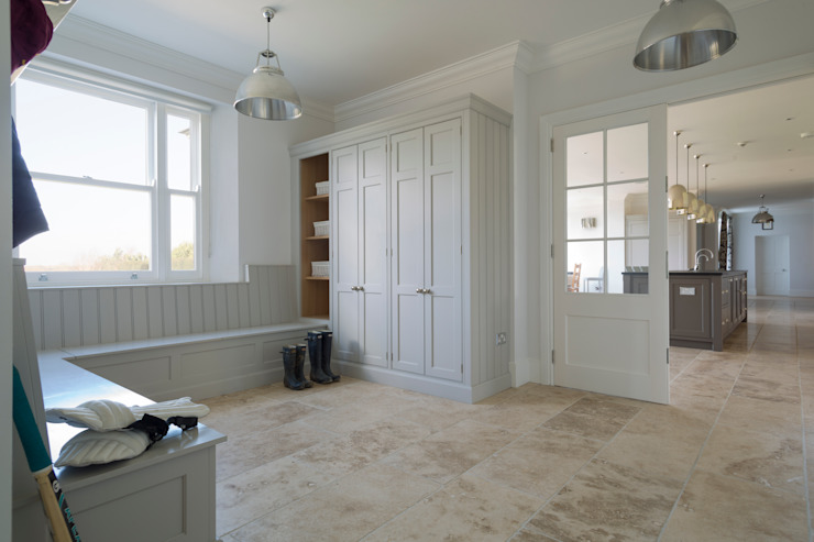 Ashurst House | Classic Contemporary Grey Painted Boot Room Humphrey Munson Kitchen