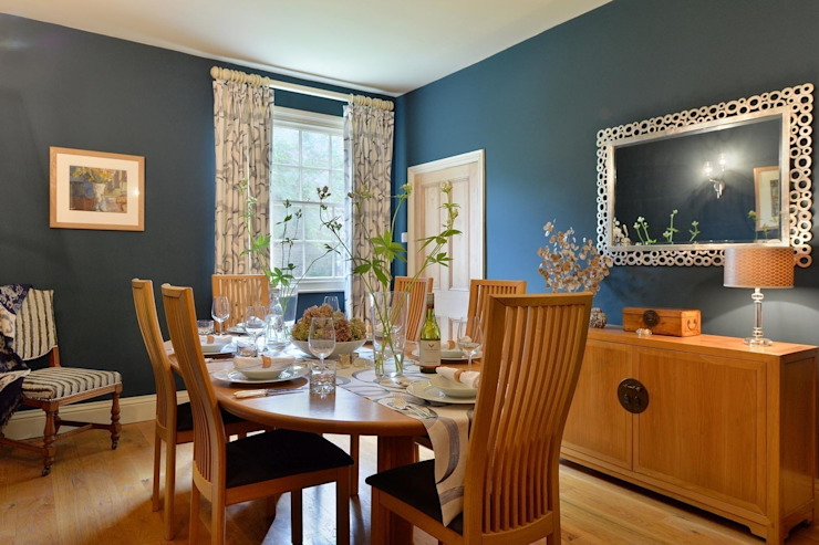 Dramatic Dining Room Natalie Davies Interior Design Modern dining room