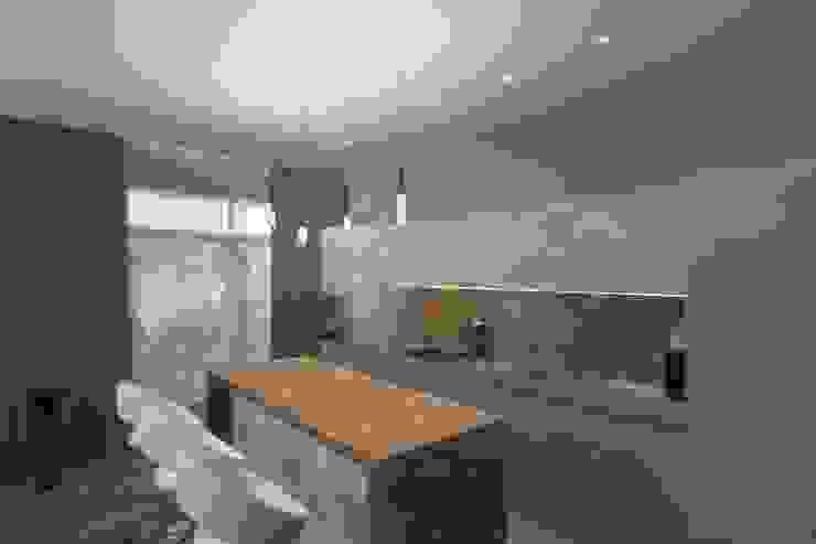 Кухня-столовая Кухня в классическом стиле от АМСД Классический