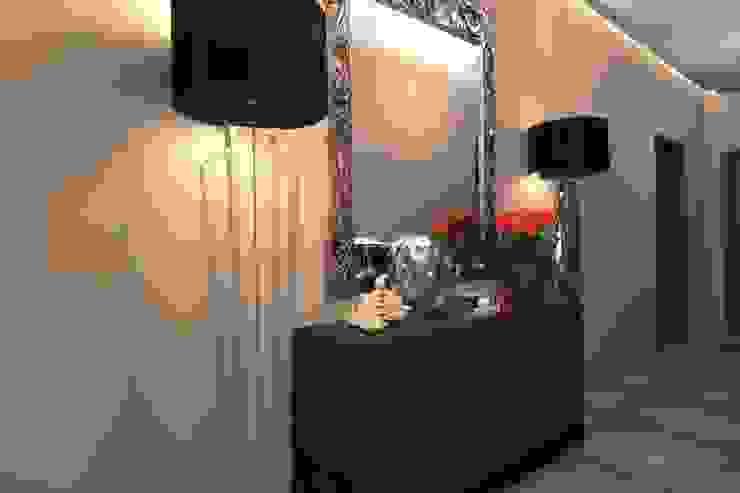 Коридор Коридор, прихожая и лестница в классическом стиле от АМСД Классический