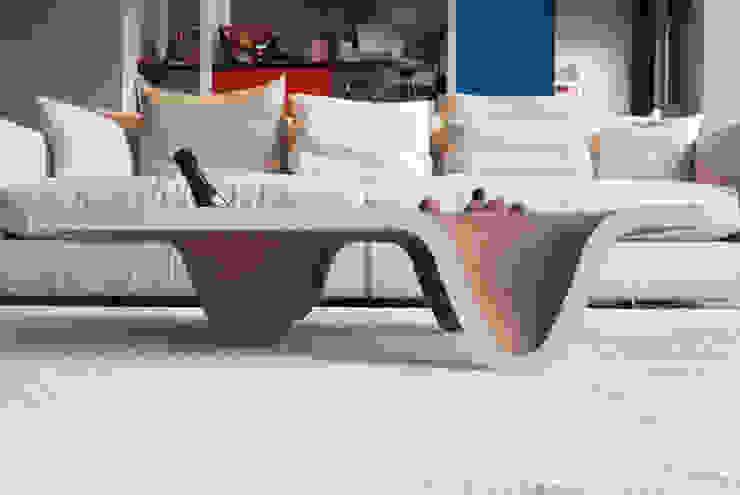 Tavolino TUCANO di DUNAdesign Moderno