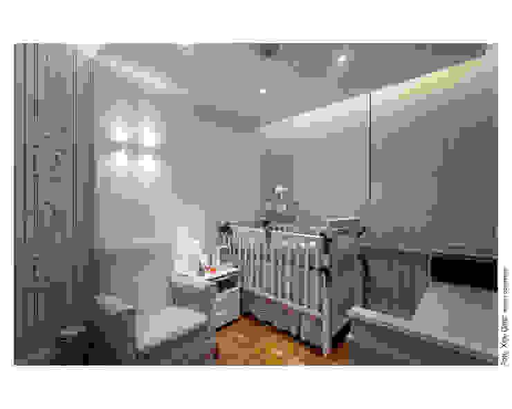 Apartamento na Barra Quarto infantil moderno por Spinola+Carvalho Arquitetura Moderno