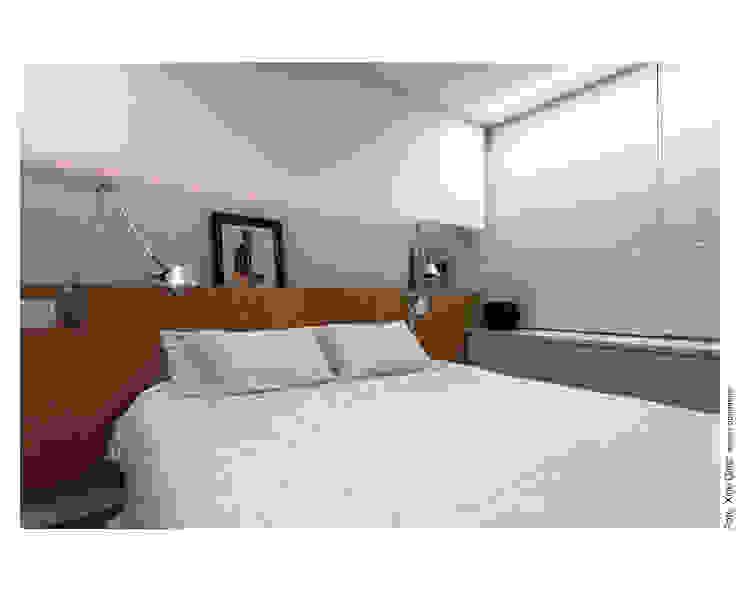 Apartamento na Barra Quartos modernos por Spinola+Carvalho Arquitetura Moderno