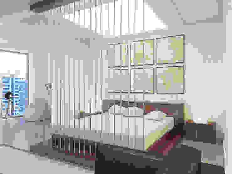 Студия-лофт в Тюмени: визуализация и дизайн Спальня в стиле лофт от OK Interior Design Лофт