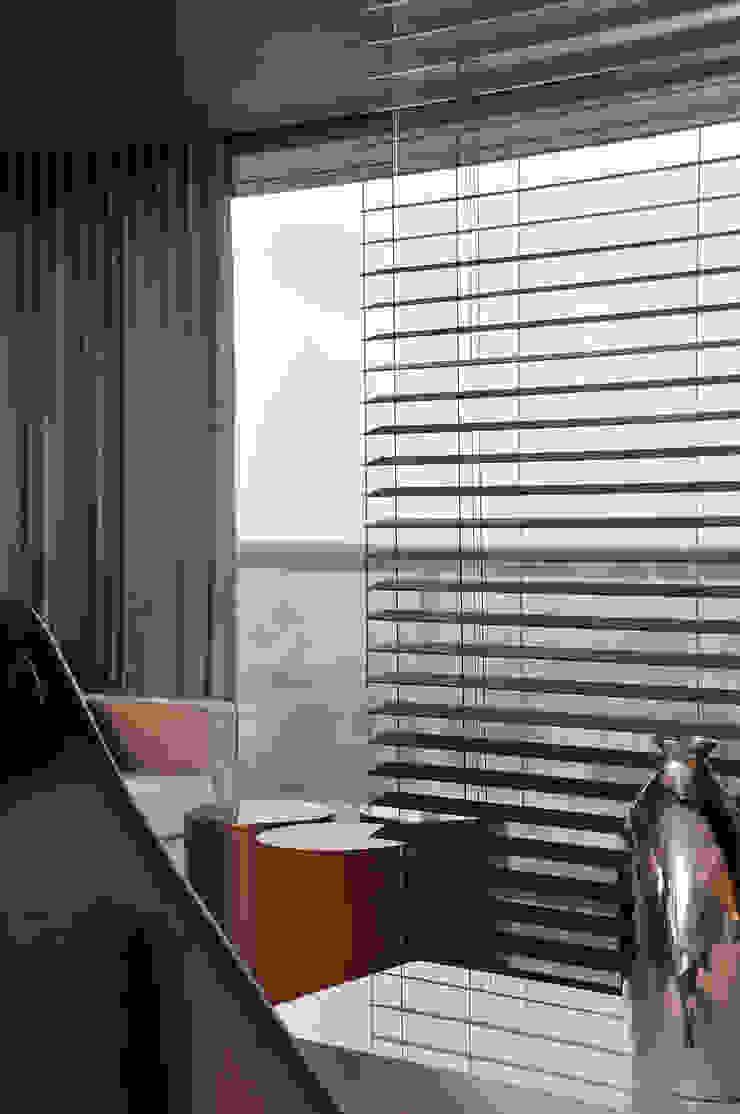 Apartamento BelaVista por Spinola+Carvalho Arquitetura Moderno