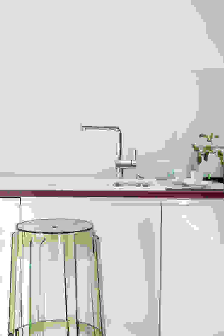 Tarna Design Studio 現代廚房設計點子、靈感&圖片