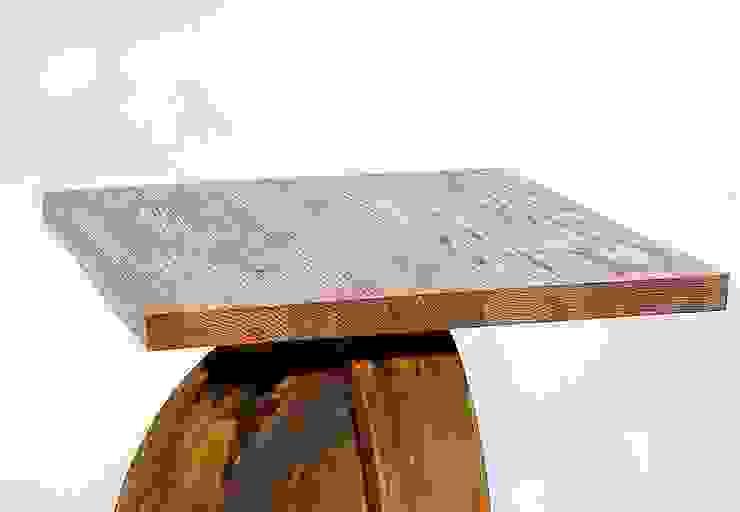 """Stolik kawowy z postarzanej stali i jesionu """"ANCHOR"""" od NordLoft - Industrial Design Industrialny"""