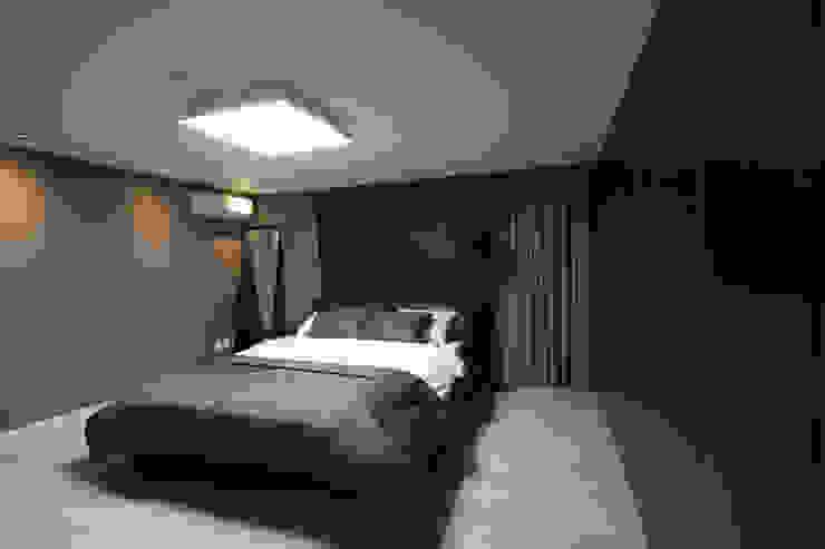 전주 아중리 대우아파트 -the grey- 모던스타일 침실 by 디자인투플라이 모던