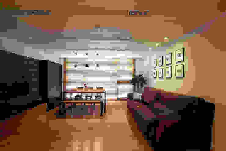 Modern Oturma Odası 디자인투플라이 Modern