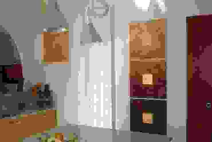 I FRUTTI DEL FUOCO - Art Studio ArtworkPictures & paintings Wood Brown
