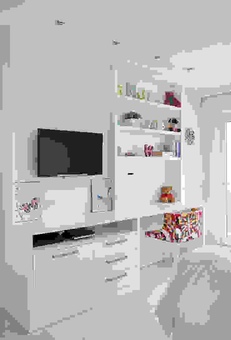 Casa Luxo Quartos modernos por Carolina Mendonça Projetos de Arquitetura e Interiores LTDA Moderno