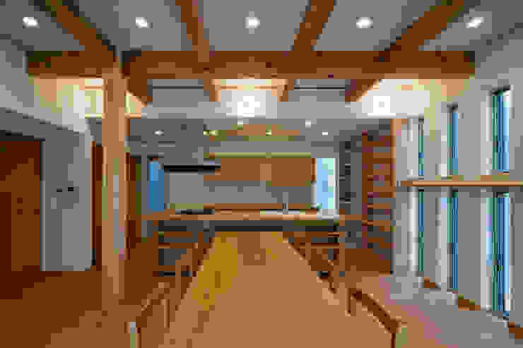 鳳南の家 オリジナルデザインの リビング の 木の家プロデュース 明月社 オリジナル