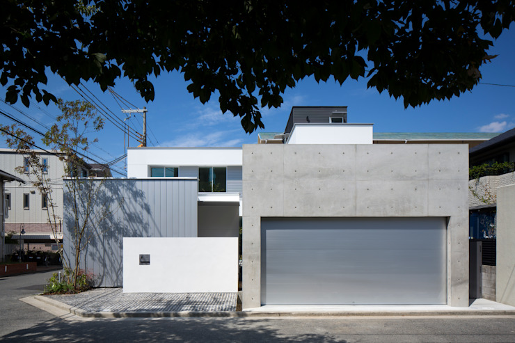 Modern garden by GREENSPACE Modern