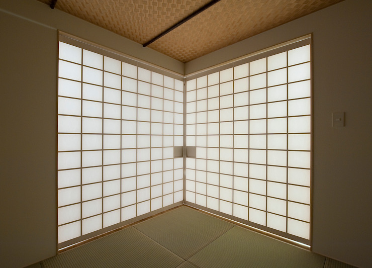 町田の家 モダンスタイルの寝室 の 萩原健治建築研究所 モダン