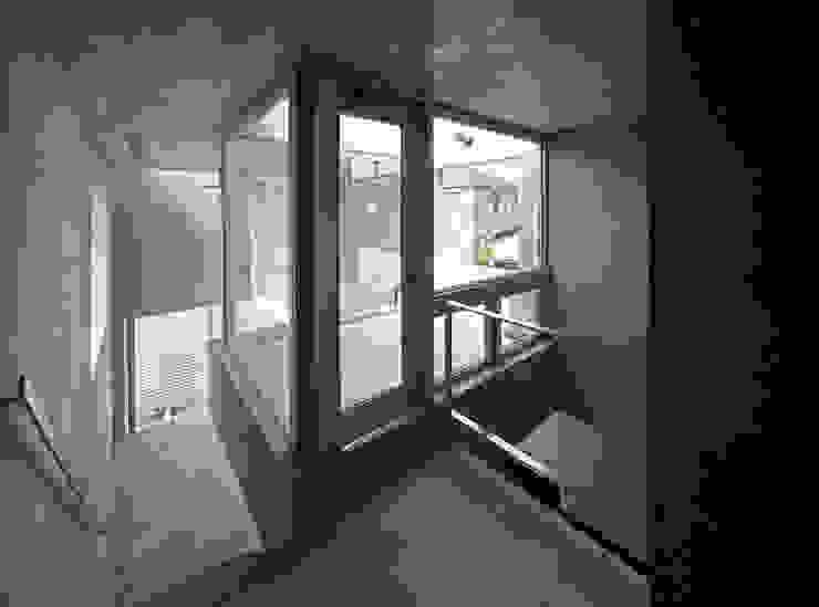南烏山の二世帯住宅 の アトリエハコ建築設計事務所/atelier HAKO architects