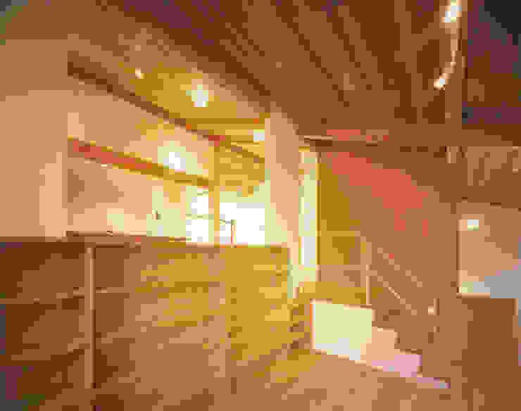 Modern Media Room by 有限会社 起廣プラン 一級建築士事務所 Modern