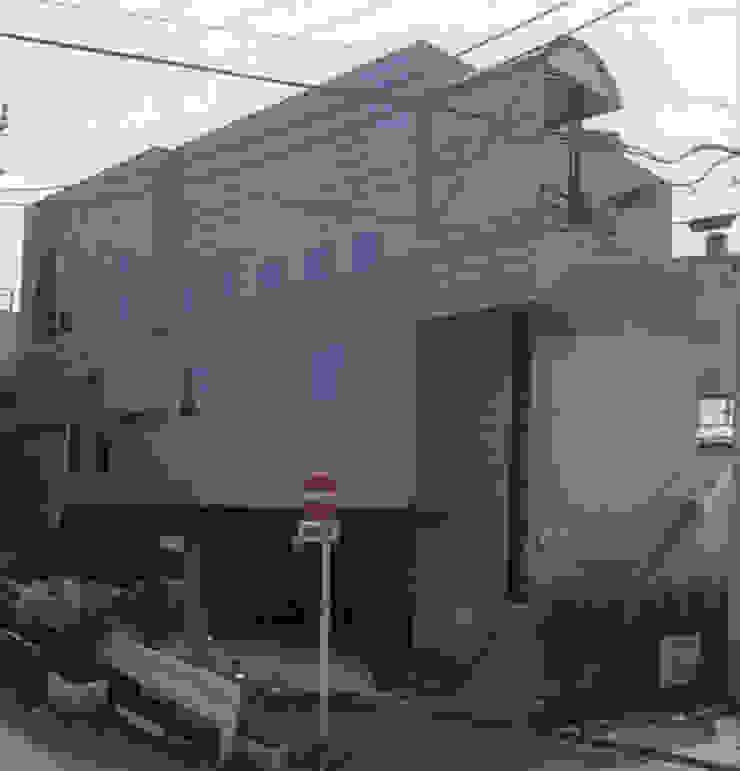 石坂の家 モダンな 家 の 加藤將己/将建築設計事務所 モダン