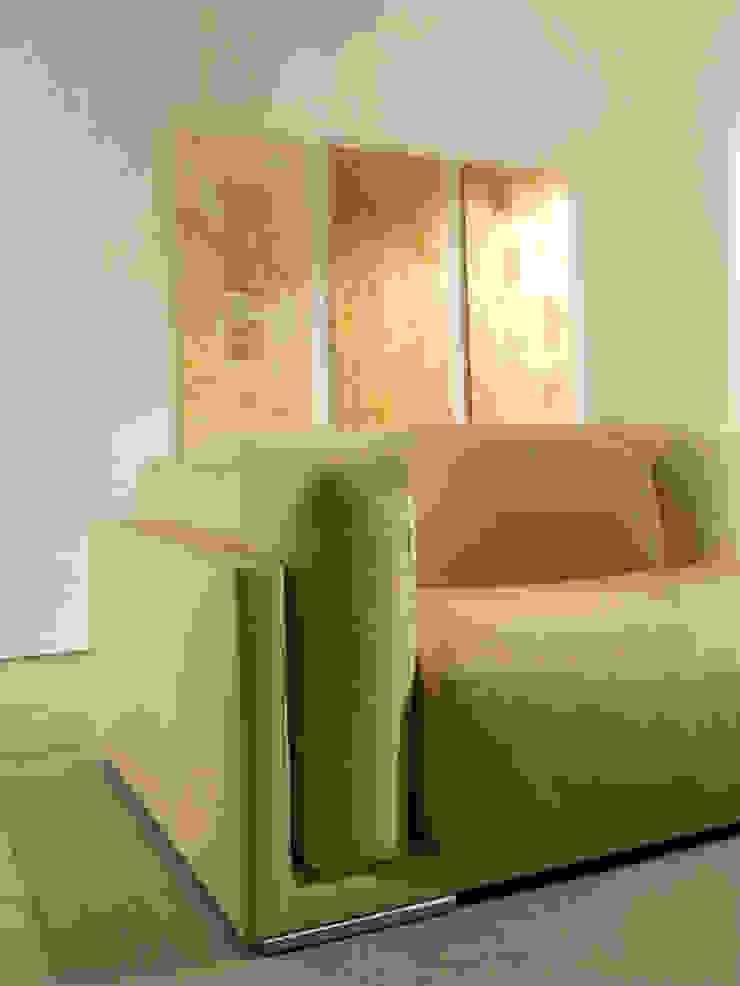 I FRUTTI DEL FUOCO - Art Studio ArtworkPictures & paintings Wood Amber/Gold