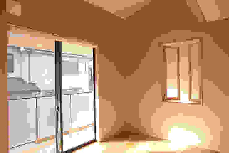 寝室 モダンスタイルの寝室 の 有限会社 起廣プラン 一級建築士事務所 モダン