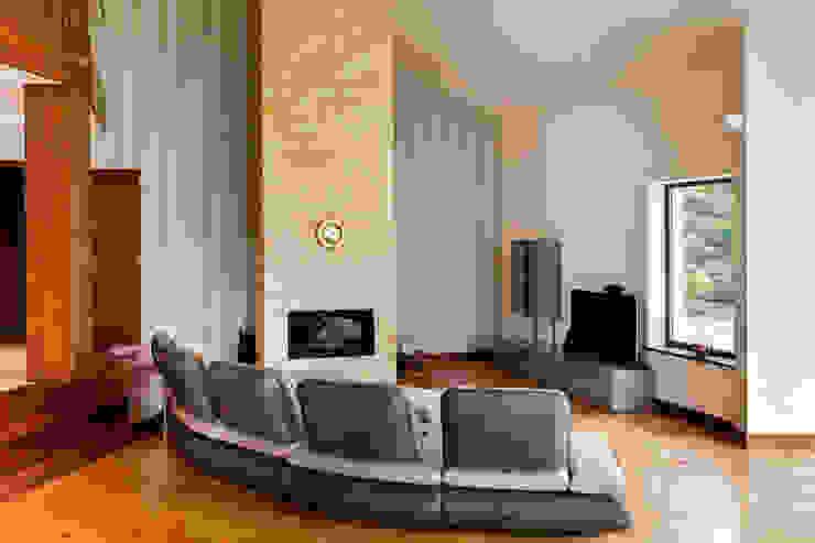 Salon moderne par tomasz czajkowski pracownia Moderne