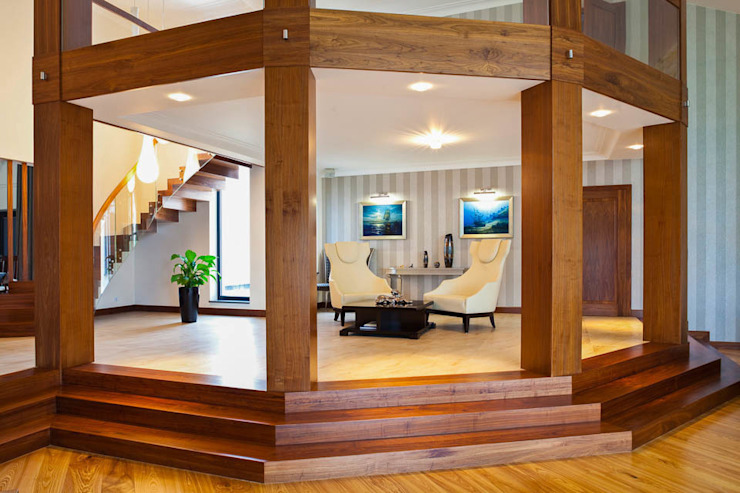 Corredores, halls e escadas modernos por tomasz czajkowski pracownia Moderno