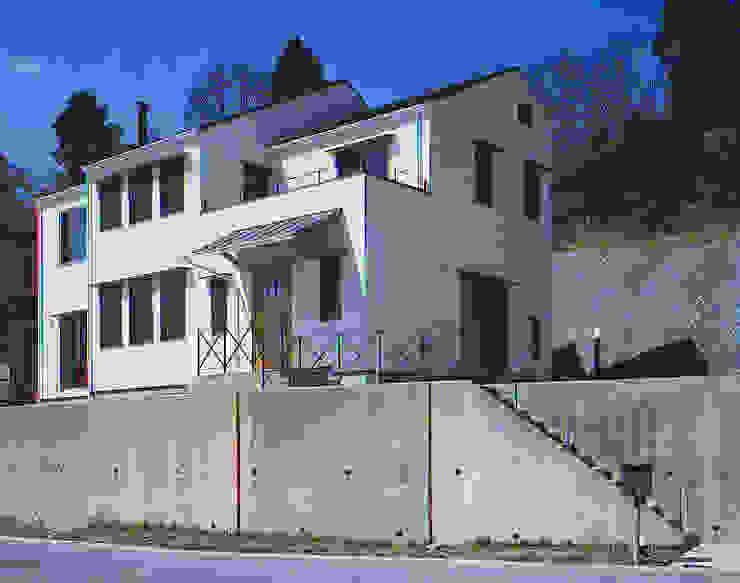 和邇の家(S邸新築工事) モダンな 家 の 有限会社 起廣プラン 一級建築士事務所 モダン