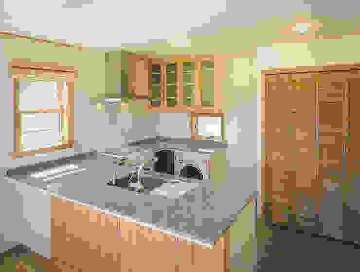 和邇の家(S邸新築工事) モダンな キッチン の 有限会社 起廣プラン 一級建築士事務所 モダン