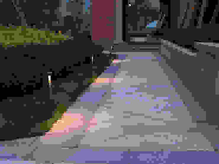Illuminazione outdoor - Rossini Illuminazione Rossini Illuminazione Giardino moderno