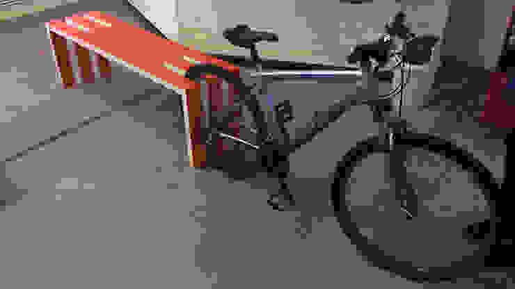 Скамейка-велопарковка от VILLEEWOOD Лофт
