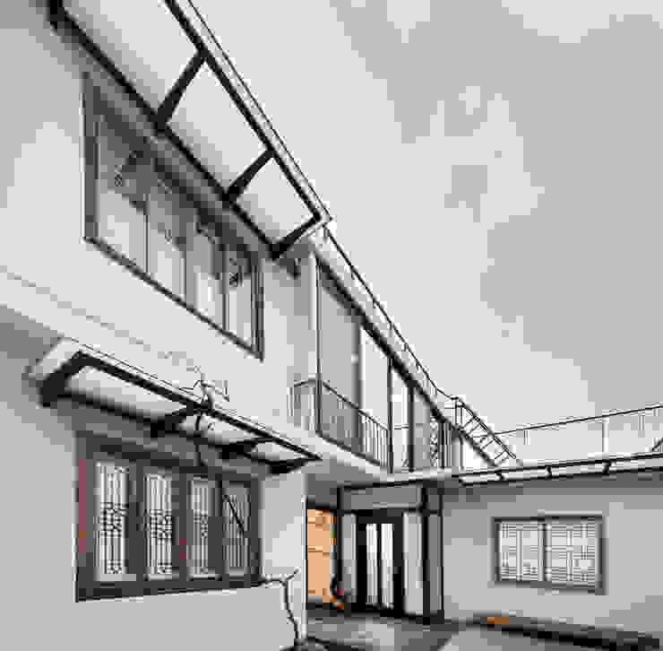 건물 전경 모던스타일 주택 by 비에스디자인건축사사무소 모던