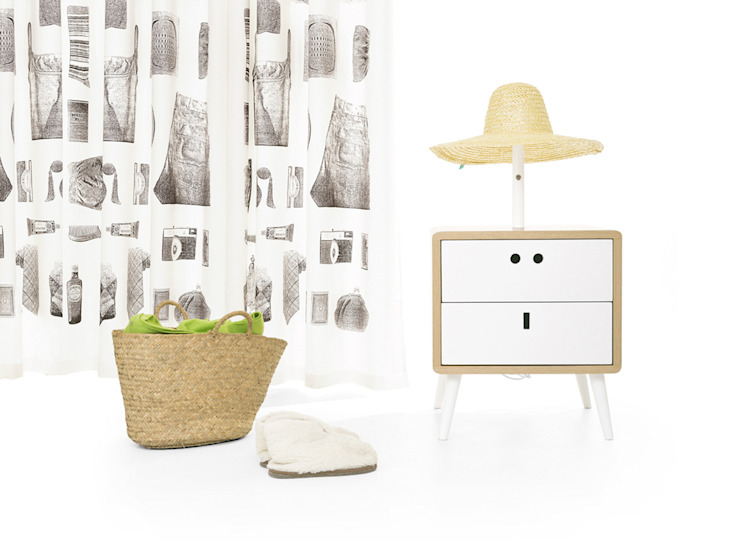 MARIA bedside table (standard option) por DAM Campestre Madeira Acabamento em madeira