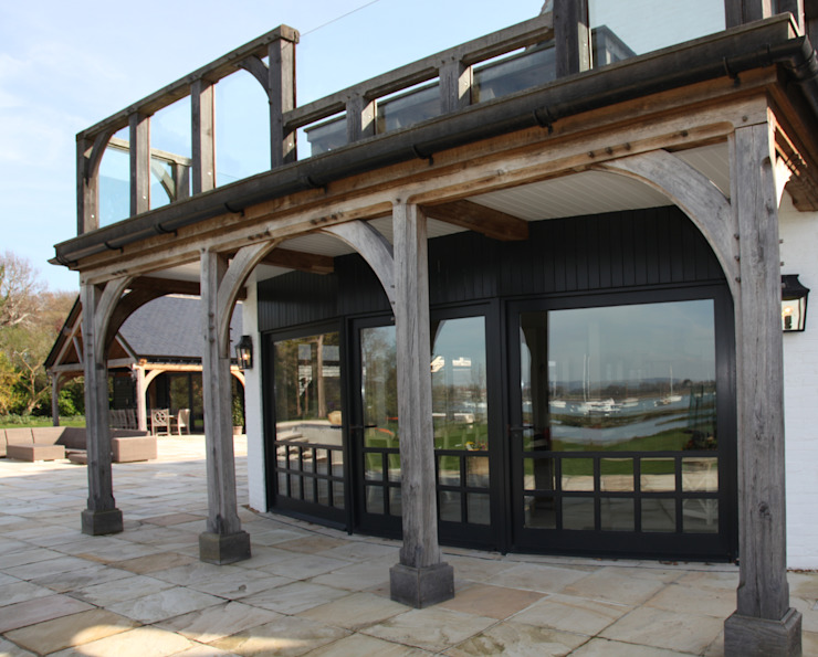 Terrace Classic style balcony, veranda & terrace by JBA Architecture Classic