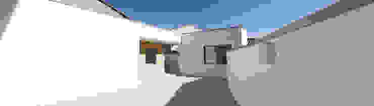 Vivienda unfamilir en Tormantos Casas de estilo moderno de Javier Lafita Moderno