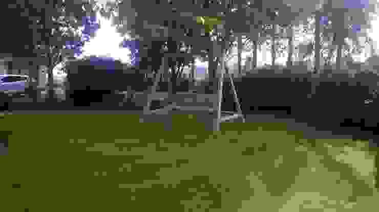 Outdoor Garden Swing NI Climbing Frames Classic style gardens