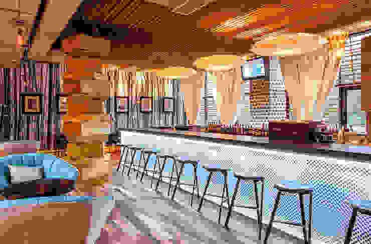 Sandro Santantonio Design S.A.S.의 현대 , 모던