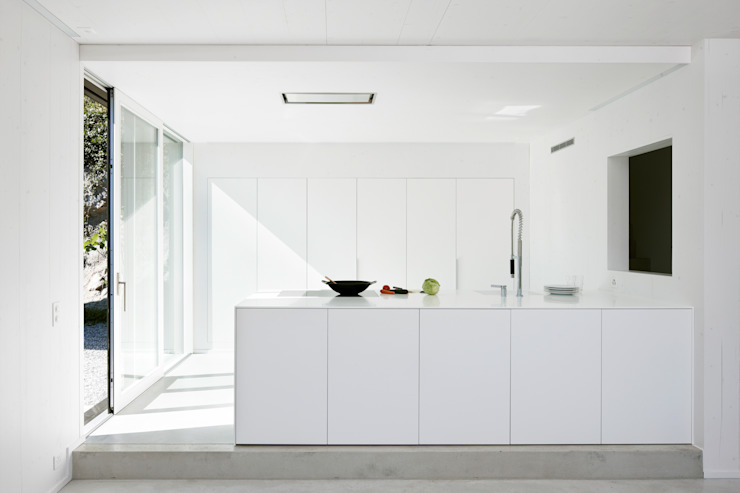 Modern kitchen by Albertin Partner Modern
