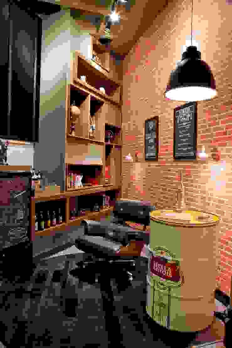 Estar do Cervejeiro Salas de estar industriais por NOI Arquitetura Industrial