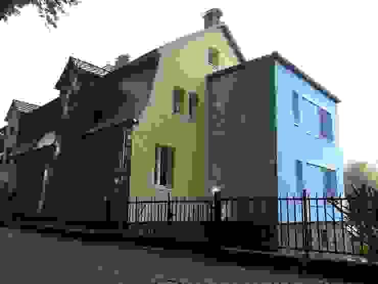 Architekt Dipl.Ing. Udo J. Schmühl Classic style houses