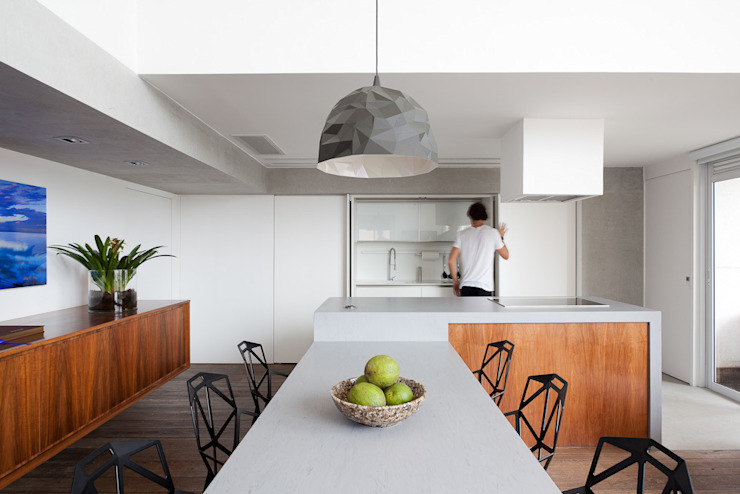 Kitchen by Meireles Pavan arquitetura, Minimalist