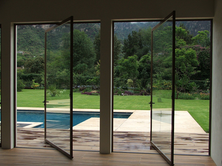 Modern windows & doors by Multivi Modern