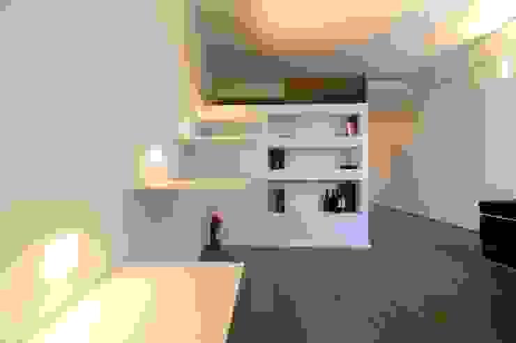scomparire a Milano ristrutturami Soggiorno minimalista