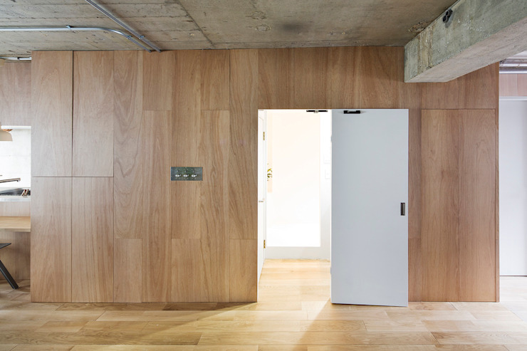Text オリジナルスタイルの お風呂 の 松島潤平建築設計事務所 / JP architects オリジナル