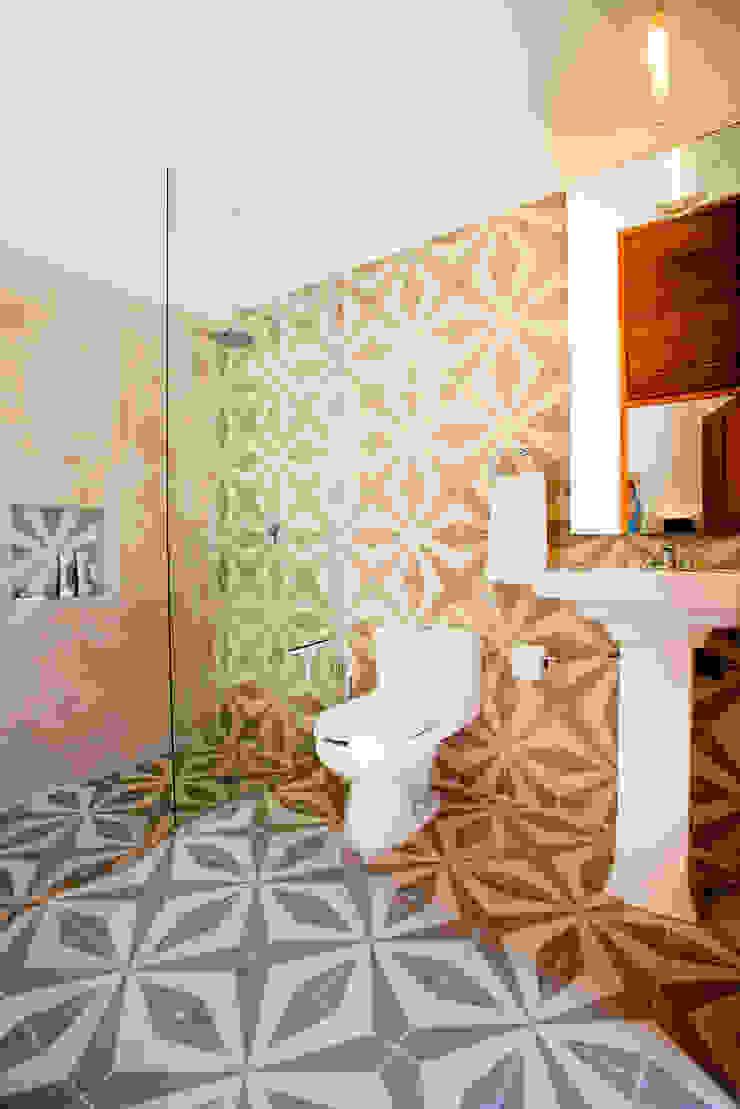 Casa GC55 Taller Estilo Arquitectura Baños eclécticos