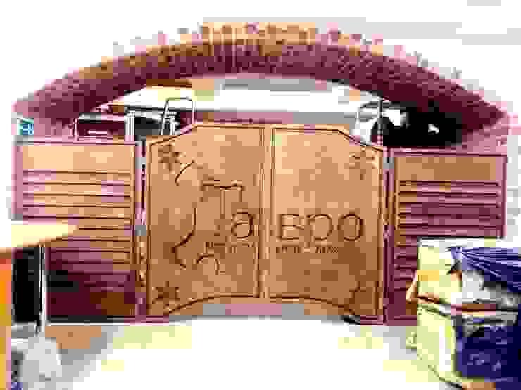 Барные ворота в салон по продаже кожи от Мебельная компания FunEra. Изготовление мебели из фанеры на заказ. http://www.fun-era.ru Лофт Фанера