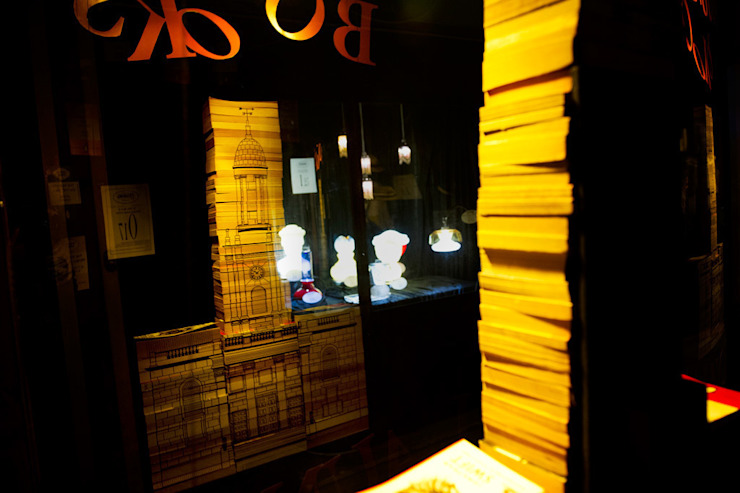 Penguin books display window by Traces London Eclectic