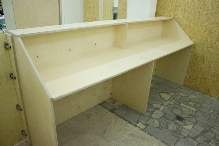 Мебельная компания FunEra. Изготовление мебели из фанеры на заказ. http://www.fun-era.ruが手掛けた工業用, インダストリアル