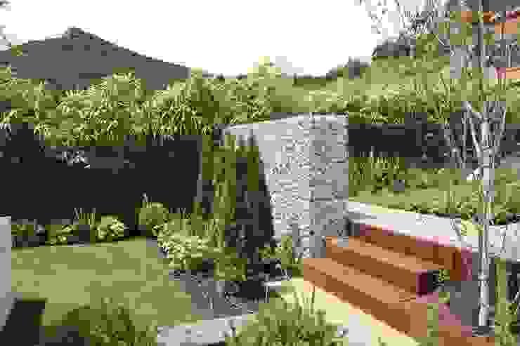 Navarra 2 Jardines de estilo clásico de Jardinarias Clásico
