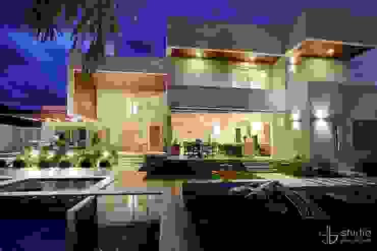 Casas modernas: Ideas, diseños y decoración de Studio Gilson Barbosa Moderno
