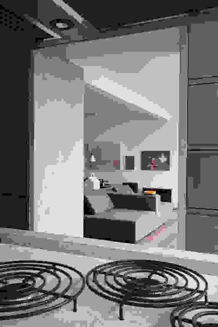 APARTAMENTO BELA CINTRA por Calio design + interiores =